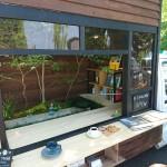 カフェスタイルの庭